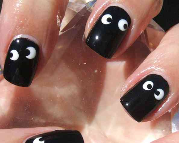 Diferentes ideas para decorar las uñas para Halloween