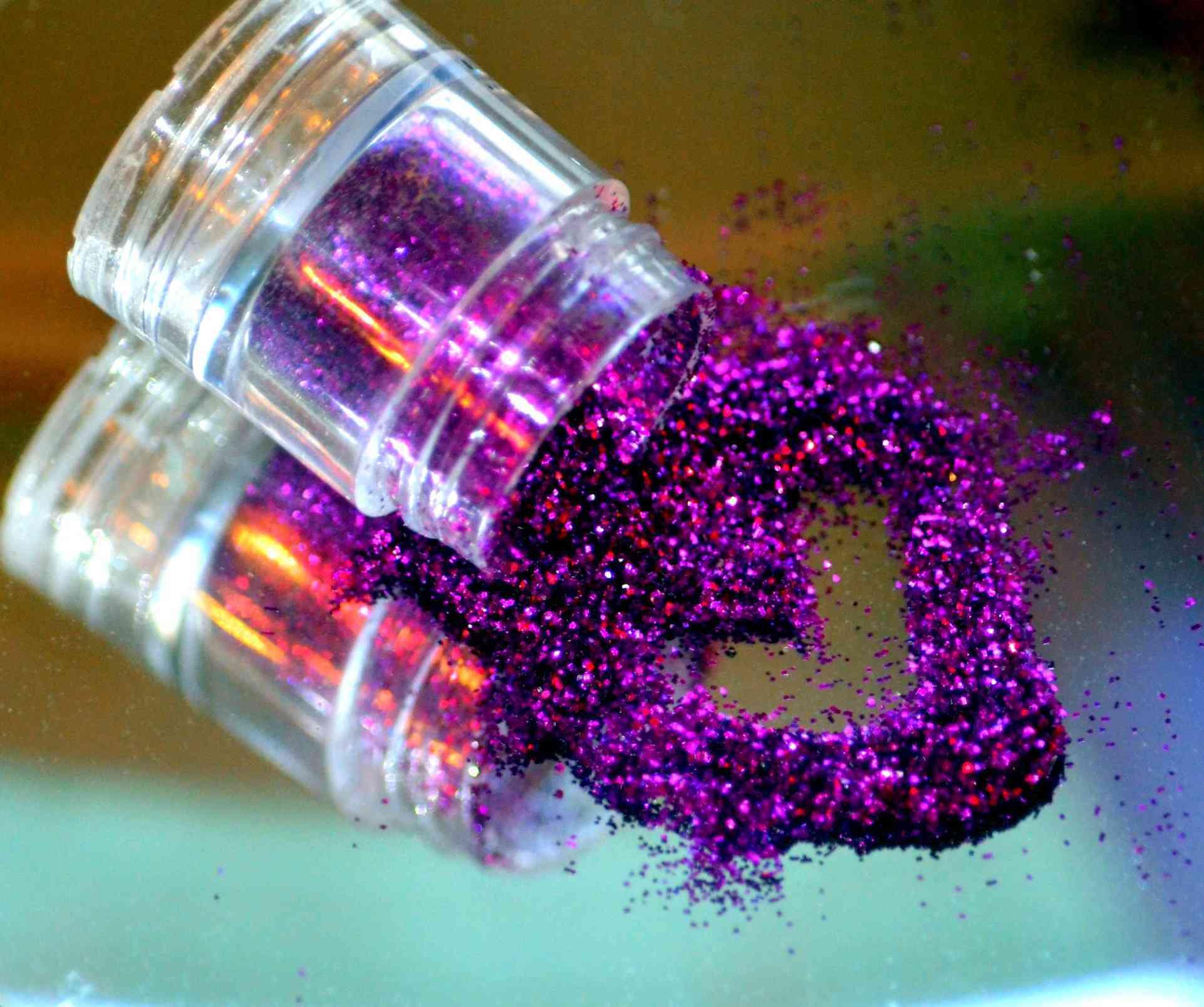 decorar recipientes con purpurina