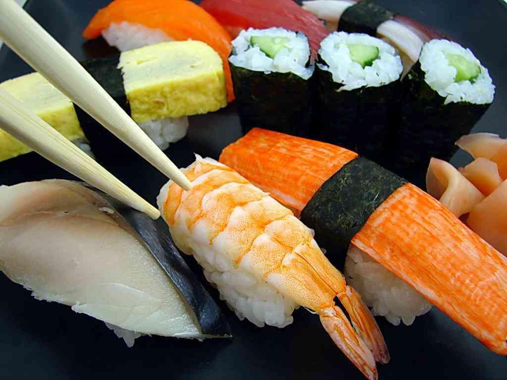 pastel de sushi