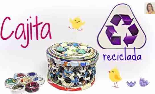 Una caja reciclada de revistas