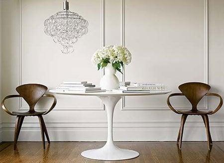 sillas y mesa para comedor
