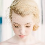 velo en color dorado de rejilla para novia