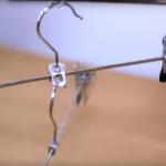 perchas engarzadas con anillas de latas