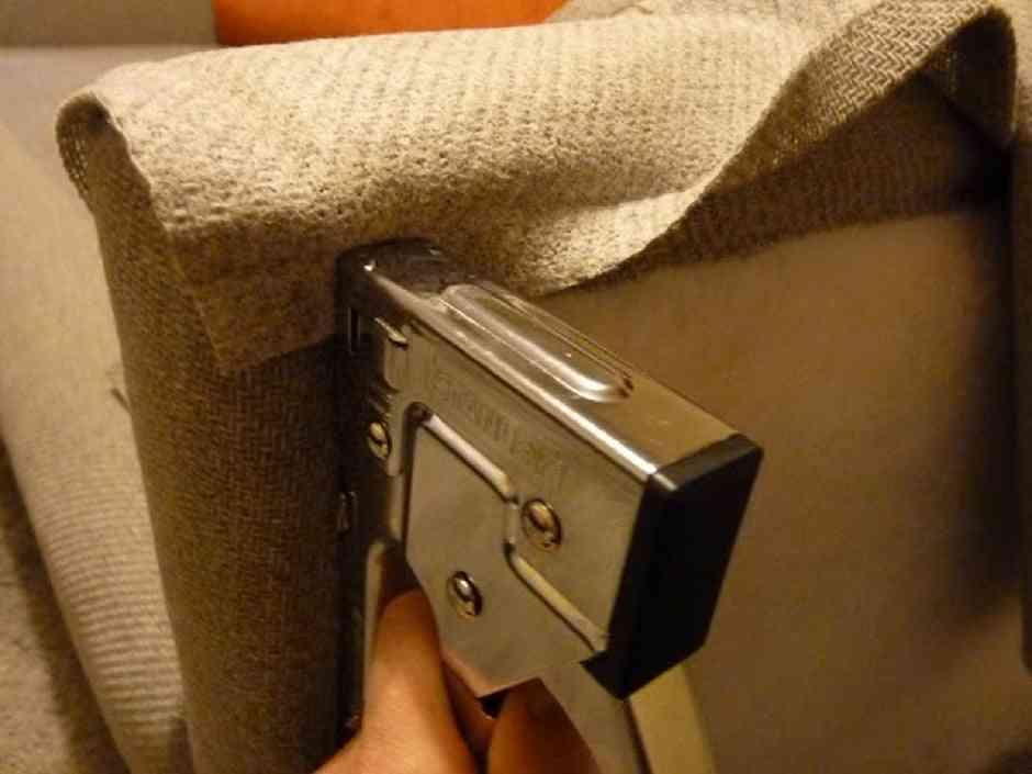 tapizar un sofá